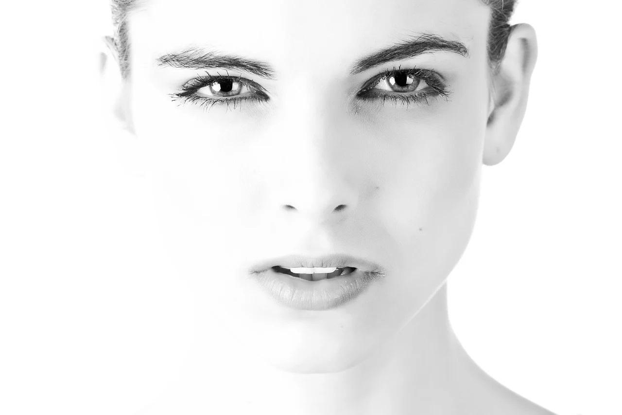jak mózg rozpoznaje twarz